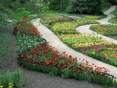 Tulpenbeete auf der Bundesgartenschau 2015 in Rathenow im Havelland