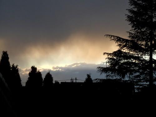 Himmel mit abziehender Regenfront
