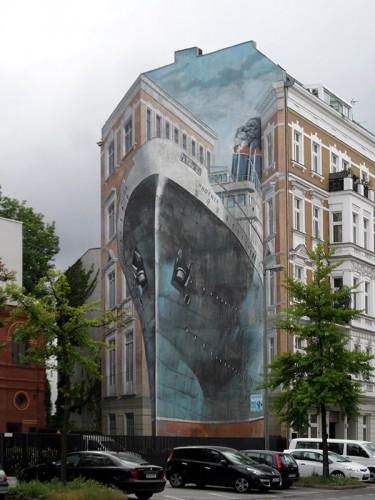 "Wandmalerei ""Phoenix"" von Gert Neuhaus in Berlin-Charlottenburg"